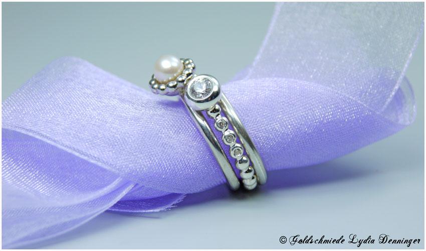 Ringvariation 925/- Silber Perlschalenring mit Süßwasserperle und Swarovski Gemstonesring