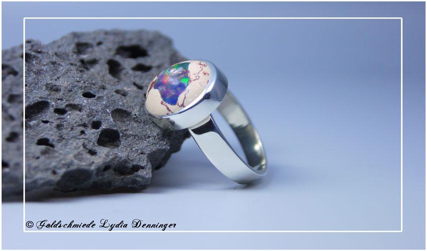 Ring massiv 925 Silber, Opal im Muttergestein