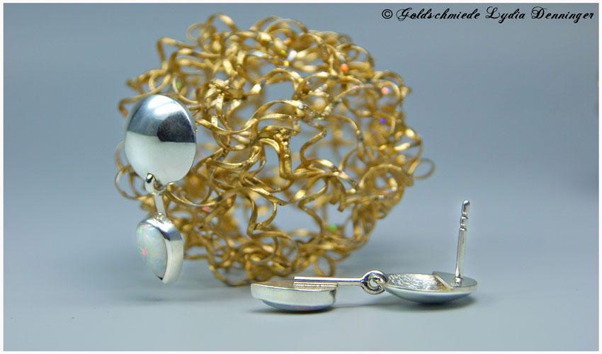 Plättchen-Ohrstecker 925- Silber mit Opal in Tropfenform