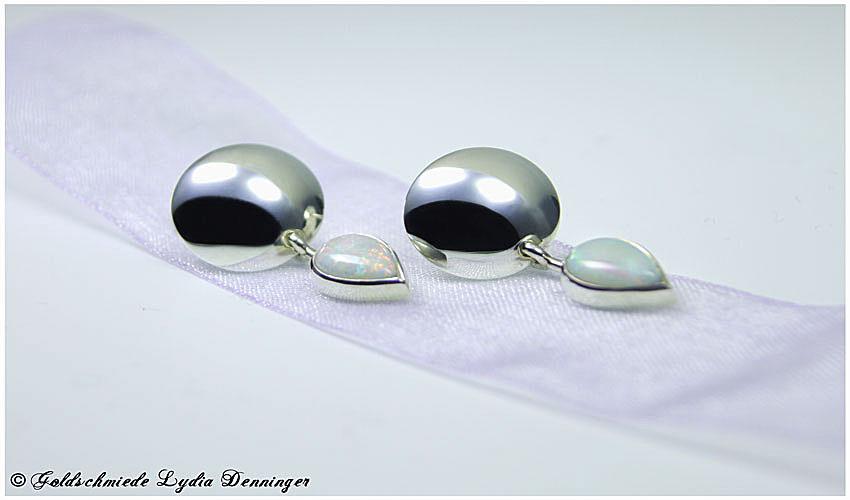 Plättcher-Ohrstecker mit Opale, 925 Silber
