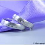 Eheringe 925/- Silber Damenring mit Fuge und Brillant