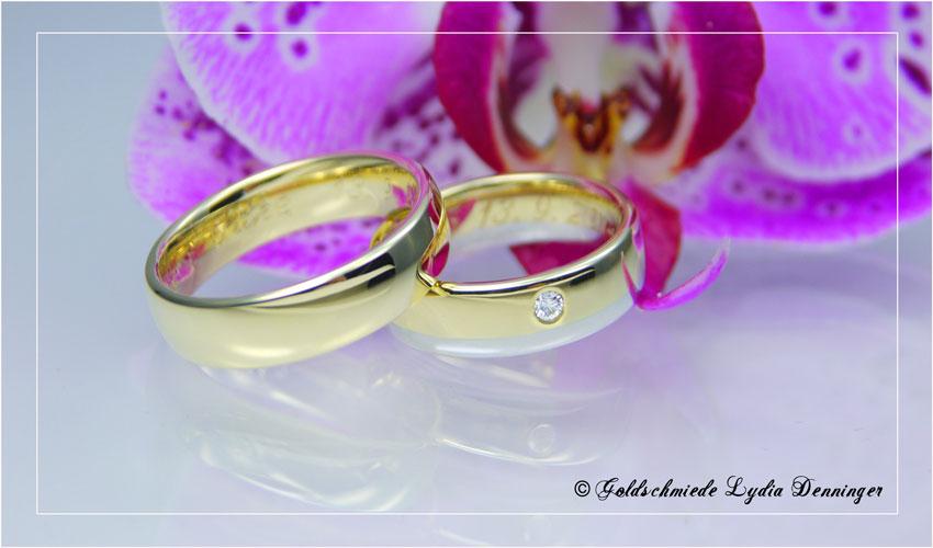 Eheringe, Herrenring 585/- Gelbgold, Damenring 585/- Gelbgold und 585/- Weißgold, Brillant 0,04 ct eingerieben