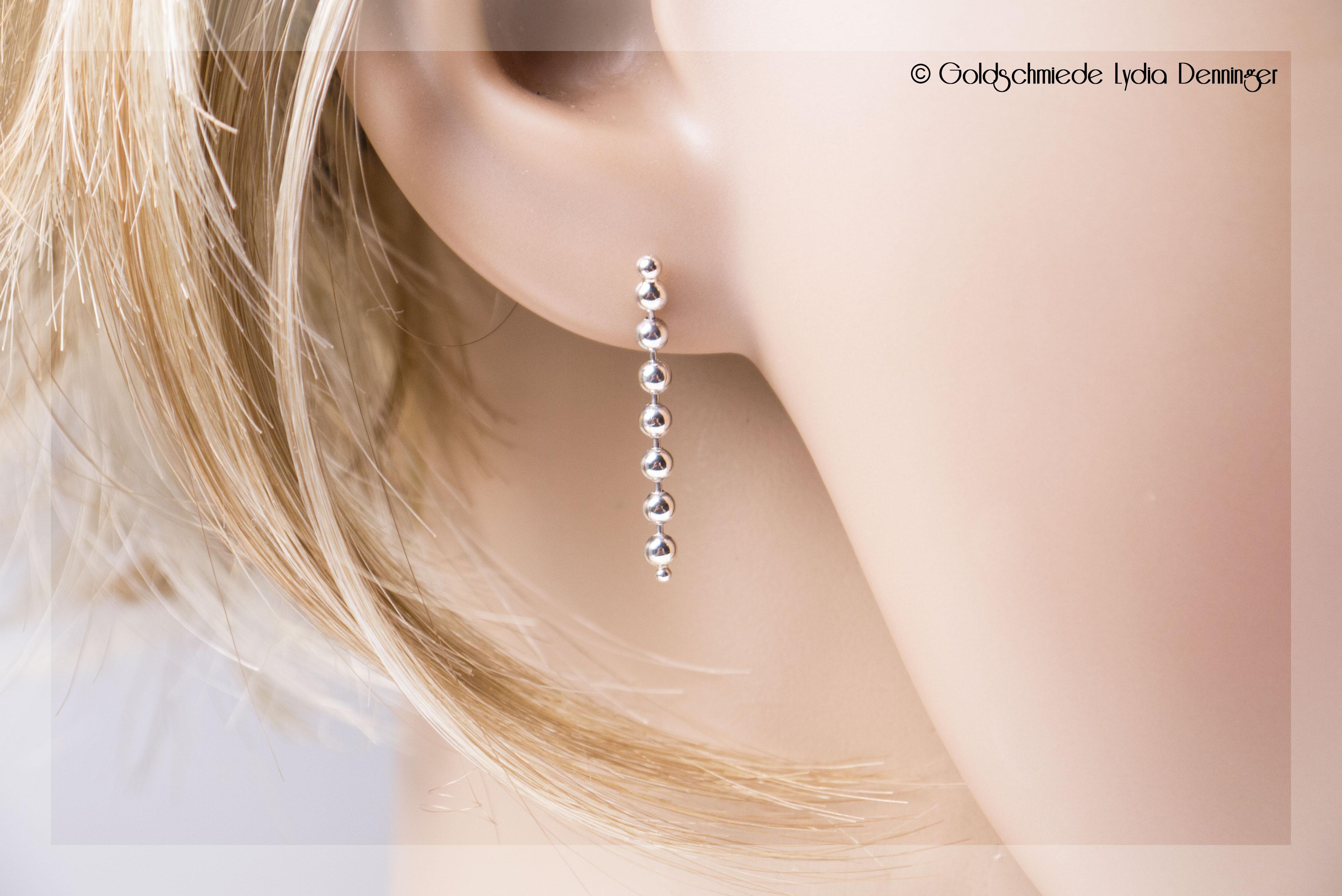 Ohrstecker 925/- Silber mit Kugelkette