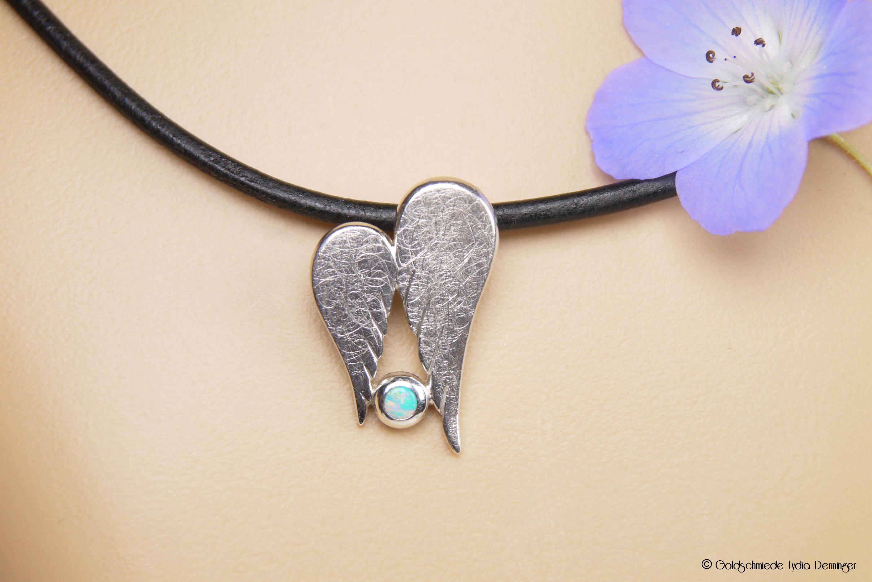 Schutzanhänger 925/- Silber mit Opal